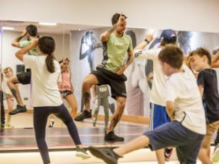 Emote Royal es la nueva clase para niños inspirada en el videojuego Fortnite