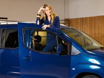 Descubre los sitios imprescindibles de Martina Klein en Madrid a través del nuevo Opel Combo Life