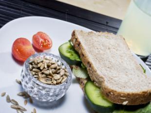 Las pipas, el snack saludable para recuperarnos de los excesos del verano