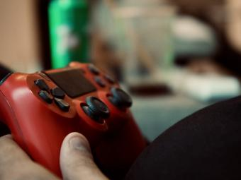 El 60% de los gamers juega más desde el confinamiento