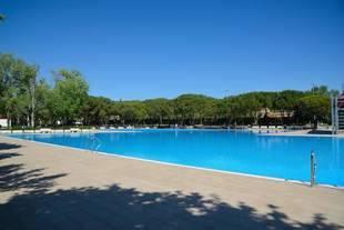 Medidas de seguridad y convivencia para evitar incidentes en las piscinas municipales