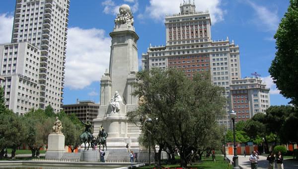 ¿Has votado ya sobre el futuro de la Plaza de España?
