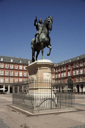 La Plaza Mayor de Madrid: cuatrocientos años de historia