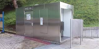 PP, Ciudadanos y Vox rechazan instalar aseos públicos en los parques de Pozuelo