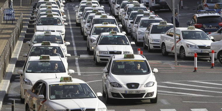 Las tarifas del taxi no subirán en 2017