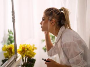 Maquillaje y cuidado de la piel bajo la mascarilla: cinco consejos para no renunciar a la belleza
