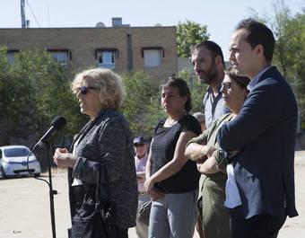 La alcaldesa Manuela Carmena, los concejales Nacho Murgui, Inés Sabanés y José Manuel Calvo, han recorrido junto a la concejal del distrito, Marta Gómez Lahoz, diversas instalaciones.