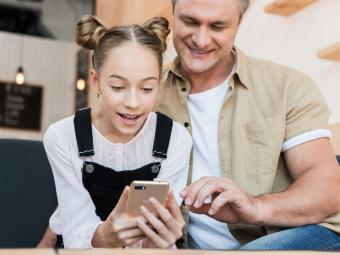 El 46% de españoles considera necesario que los niños tengan móvil para sentirse parte de su grupo de amigos