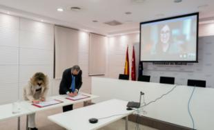 La Comunidad de Madrid sella un acuerdo para que todos los centros educativos puedan usar los servicios de Office 365