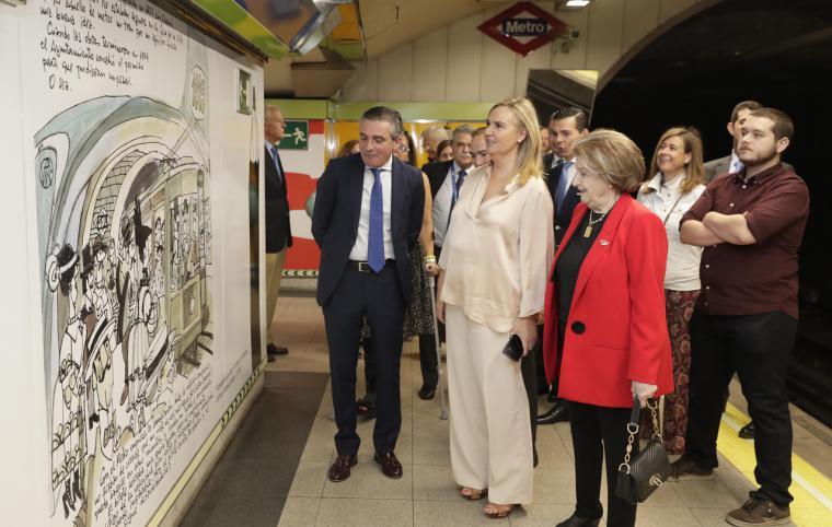 La Comunidad rinde homenaje a Antonio Mingote tematizando la estación de Metro de Rubén Darío