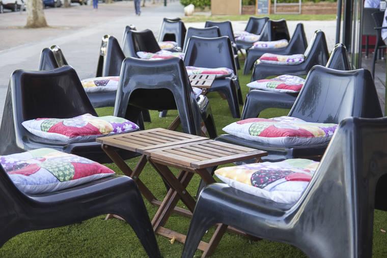 Relájate en la terraza chill out de O'hara's en Pozuelo
