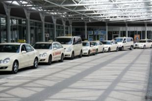 La Comunidad de Madrid autoriza una moratoria de dos años al taxi para usar vehículos con más de 10 años de antigüedad