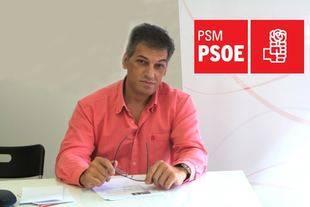 Ángel González Bascuñana preparando la campaña electoral