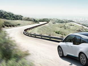 Cinco consejos para planificar tu viaje si tienes un coche eléctrico