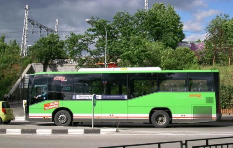 La Comunidad lanza un proyecto piloto de paradas a demanda para mujeres y menores en buses nocturnos