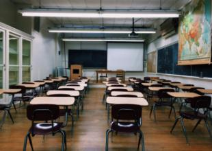 La Comunidad de Madrid adquirirá medidores de CO2 para conocer los niveles de ventilación en las aulas de los centros educativos
