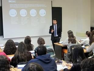 ESIC fomenta el espíritu empresarial del estudiante preuniversitario
