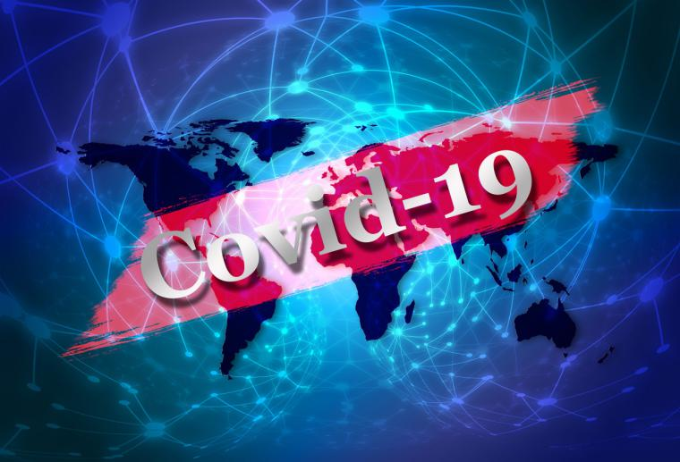 Díaz Ayuso pide a la Agencia Española del Medicamento que las farmacias puedan realizar test de antígenos COVID-19