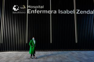 La Comunidad de Madrid centraliza la vacunación de los mutualistas mayores de 80 años en el Hospital Enfermera Isabel Zendal y con dosis de Moderna