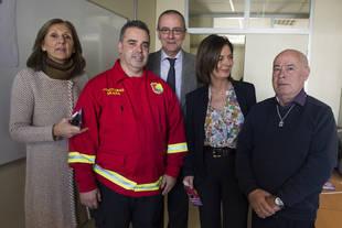 Entregados en Pozuelo los primeros dispositivos para mejorar la seguridad de los mayores