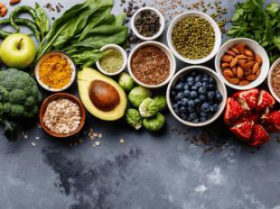 ¿Pueden ciertos alimentos ayudarnos a retrasar el envejecimiento? Rotundamente, sí
