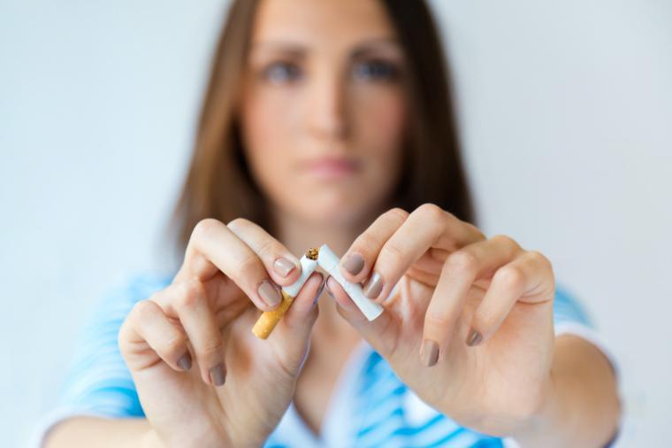 El 12% de los jóvenes con 14 años consume tabaco diariamente