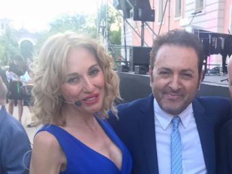 Albert Castillón de periodista a actor revelación en Reciclando a un Fam