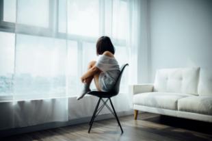 La salud mental sigue siendo tabú en España, lo que se refleja en mayor número de suicidios