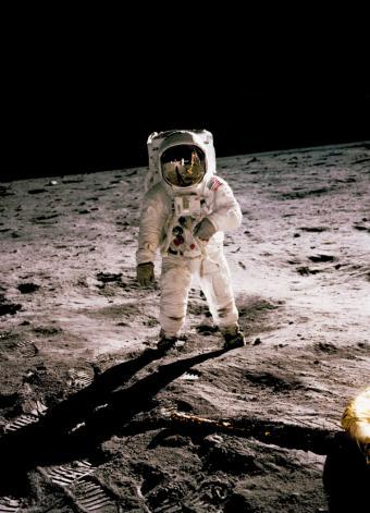 La Luna es el lugar espacial preferido de los españoles