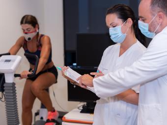 IDAWEN realiza el primer ensayo clínico de respirabilidad con una mascarilla