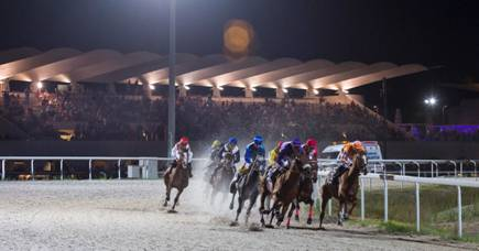 Disfruta de la última jornada de carreras nocturnas en el Hipódromo de la Zarzuela