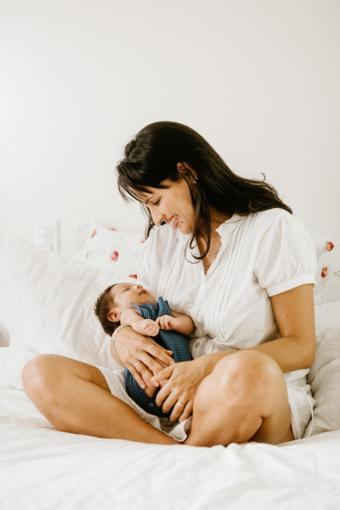 Rejuvenecimiento estético integral para la maternidad tardía. Así es el proceso