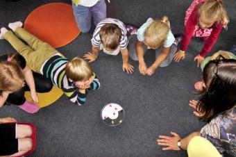 La Comunidad destinará cerca de 18 millones de euros para paliar los efectos económicos del COVID-19 en las escuelas infantiles