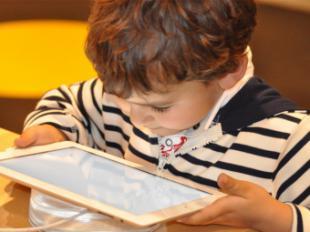 La mitad de los padres admiten desconocimiento sobre seguridad en el uso de tablets y smartphones