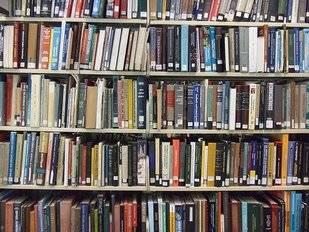 12 bibliotecas de la Comunidad amplían el horario para facilitar la preparación de los exámenes