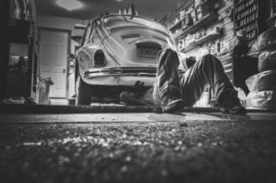 ¿Por qué es importante acudir a los talleres oficiales para poner a punto el vehículo antes de estas vacaciones?