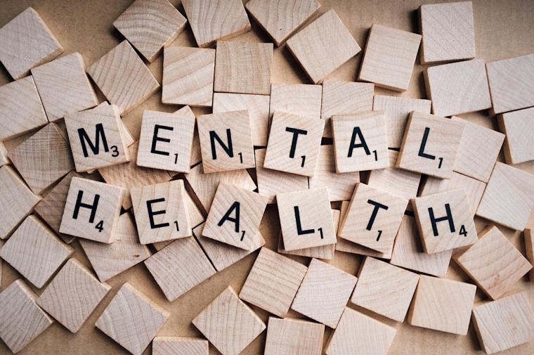 Elimina el estrés, la ansiedad y el burnout laboral con las clases de mindfulnes, yoga o pilates
