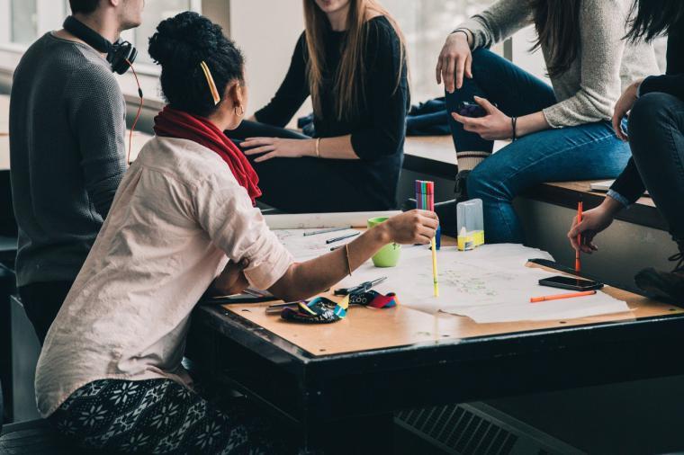 La Comunidad de Madrid apoya el esfuerzo académico de los alumnos con una nueva convocatoria de las Becas de Excelencia