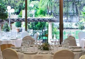 Cena y presentación de negocio en el Hotel Miguel Ángel