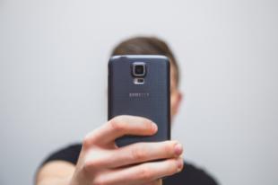Son los 'selfies' los responsables del incremento de las terapias para la regeneración capilar?