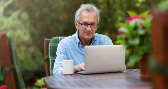 La Comunidad de Madrid pone en marcha un programa piloto de formación online para personas mayores