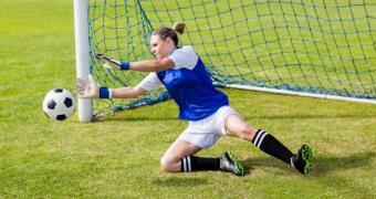 La Comunidad de Madrid apoya el deporte femenino con el patrocinio de la Copa S.M. la Reina de fútbol