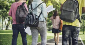 La Comunidad de Madrid propone un nuevo programa de becas cofinanciado con universidades y empresas