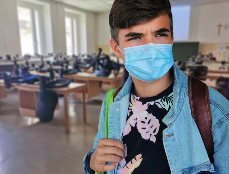 Díaz Ayuso anuncia que a partir de la próxima semana los pacientes ingresados en los hospitales podrán recibir visitas o estar acompañados