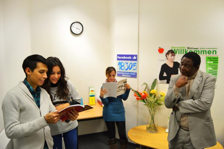 Los profesores de las Escuelas Oficiales de Idiomas de la Comunidad evalúan a más de 5.500 alumnos de Primaria y Secundaria