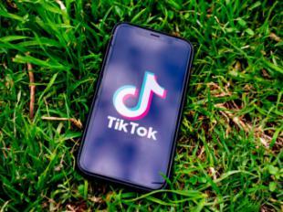 TIKTOK amenaza el liderazgo de YouTube, Instagram, Facebook y Twitter