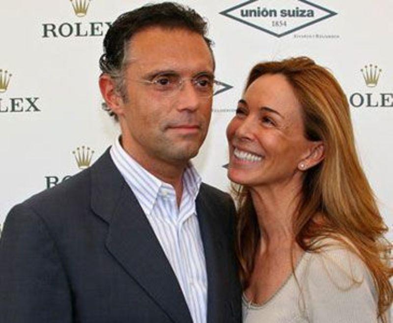 Alberto Martín Caballero, Lydia Bosch y su chalé de