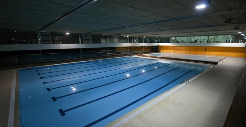 Polideportivo fitness sports valle de las ca as de pozuelo for Piscina municipal pozuelo